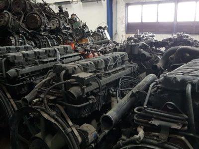 SCANIA 114 ENGINE