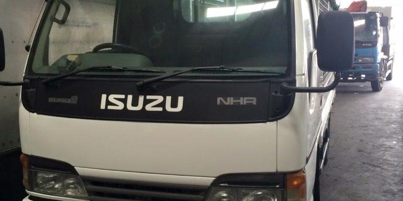2003 ISUZU NHR69