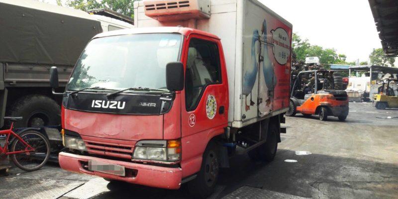 2003 ISUZU NKR77E